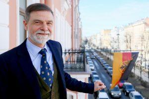 Немец Стефано Вайнбергер — о работе в консульстве Германии, «особой манере» петербуржцев и академии Штиглица