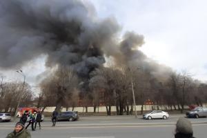 МЧС в феврале — марте выявило нарушения пожарной безопасности в зданиях «Невской мануфактуры». Их просили устранить еще в 2020 году, но этого не произошло