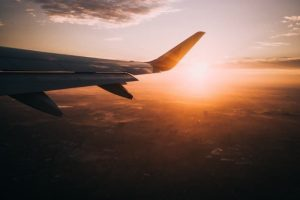 Власти обсуждают ограничение авиасообщения с Турцией, сообщают СМИ. Официально решение пока не принято