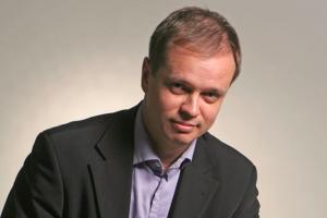 ФСБ задержала главу «Команды 29» Ивана Павлова после обыска. Он представляет интересы структур Навального в суде. Обновлено