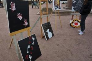 Художника-акциониста Павла Крисевича арестовали на 10 суток за уличную выставку картин, посвященных репрессиям
