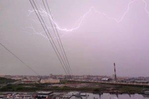 МЧС предупредило о грозе и сильном дожде в Петербурге вечером 16 мая