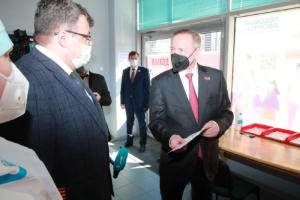 Беглов снова заговорил об ограничениях из-за роста заболеваемости в Петербурге. Всё так плохо? А что с Евро-2020 и «Алыми парусами»?