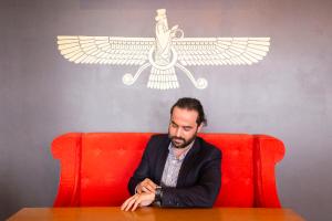 Иранец Иман Газаи — о спонтанном переезде в Петербург, персидской кухне и уроках русского по «Пусть говорят»