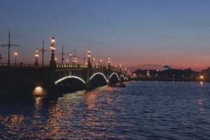 Ура, в Петербурге сезон белых ночей! Кстати, а что это вообще такое?.. И бывает ли где-то еще?