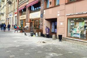 Из-за падающей штукатурки Петербург называют Развалинградом. Что происходит с фасадами? Случаев действительно стало больше?