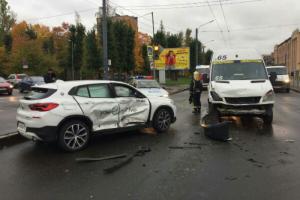 В Петербурге с января по апрель произошло более тысячи ДТП с участием каршеринговых автомобилей. Но большинство пользуется этим сервисом ответственно, заявили в ГИБДД