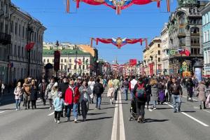 До середины июня в Петербурге массовые перекрытия дорог — из-за Дня города, Евро-2020 и полумарафона. Вот список всех ограничений