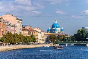 В Петербурге 2 мая покажут речной карнавал, шоу гидроциклистов и фестиваль дронов. Вот программа открытия туристического сезона