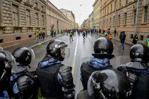 В Москве и Красноярске проходят обыски у членов Либертарианской партии