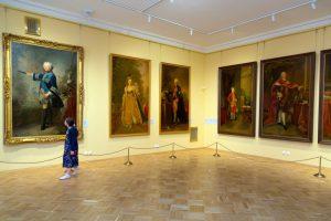 В Зимнем дворце открыли Запасную галерею европейской живописи из фондов Эрмитажа. Посмотрите, как выглядит это пространство 🖼️