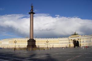 В ближайшие дни в Петербурге потеплеет до +10 градусов — на город надвигается теплый фронт