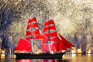 Как в этом году пройдут «Алые паруса». Главное о программе праздника, ограничениях и запрете продажи алкоголя