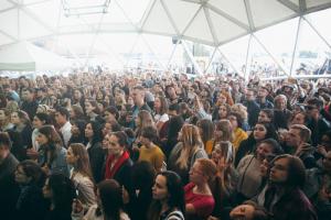 В Петербурге внезапно и массово отменили концерты «Касты», ЛСП и других. Чтобы сохранить «благоприятную эпидемиологическую ситуацию» на фоне ПМЭФ и Евро-2020