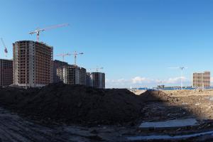 Путин предложил продлить программу льготной ипотеки на год. Ставку по программе поднимут, а лимит для всех регионов снизят до 3 млн рублей