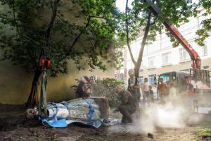Коломенскую Венеру демонтировали. Местные жители отреставрируют ее за свой счет — и скоро откроют сбор денег