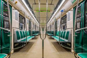 Петербургское метро будет работать круглосуточно во время праздника «Алые паруса»