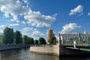 В Петербурге за 114 млн рублей отреставрируют колокольню Николо-Богоявленского морского собора