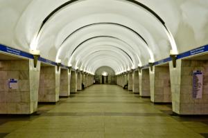 «Проспект Просвещения» будут два месяца закрывать по утрам в будни из-за ремонта эскалатора