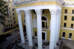 «Ленфильм» оштрафовали из-за неудовлетворительного состояния главного здания