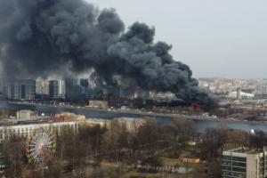 Суд обязал владельцев отреставрировать сгоревшее здание «Невской мануфактуры»