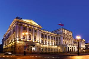 Голосование на муниципальных выборах в Петербурге сможет длиться три дня. Такой законопроект в целом приняли депутаты Закса