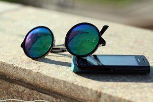 ICQ, dial-up модемы и тяжелые мобильники: пройдите ностальгический тест о связи