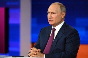 Владимир Путин четыре часа отвечал на вопросы россиян — о вакцинации, росте цен, блокировке соцсетей и преемнике. Вот конспект прямой линии