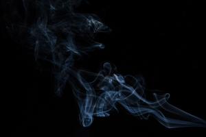 В России с 1 июля установлена минимальная цена на сигареты — 108 рублей. Они снова подорожают?