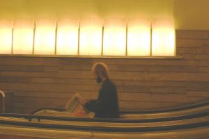 В Петербурге осудили членов ОПГ, обворовывавших горожан в метро. Они искусственно создавали давку вокруг своих жертв