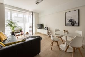В Петербурге появился сервис онлайн-аренды жилья от «Яндекса». Владельцу нужно только выбрать арендатора и передать ключи