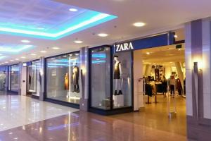 Продавцы одежды и обуви прогнозируют рост цен осенью 2021 года на 10–20 %