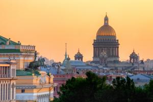 «Начинается прогрев»: на следующей неделе в Петербург вернется жара до +32 градусов ☀️ Сегодня — крепкий ветер и метровые волны
