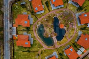Показываем самые дорогие загородные дома Ленобласти — у Финского залива и в лесу. Стоимость их аренды — от 300 тысяч до 1,5 млн рублей в месяц