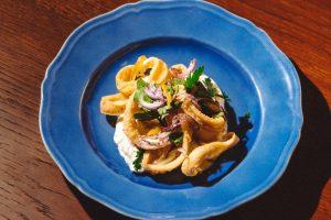 На Большой Морской открыли Sea, Signora — большой ресторан с рыбой и морепродуктами от шефа Антонио Фреза 🐟