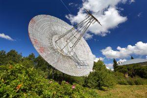Нулевой меридиан в Пулковской обсерватории, жилые кварталы астрономов и исторический грот-фонтан. Прогуляйтесь по Пулковским высотам