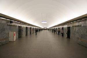 На станции метро «Московская» пройдет капитальный ремонт — в течение 11 месяцев. Ее закроют?