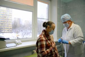 В России проведут лотерею среди вакцинированных и разыграют тысячу призов по 100 тысяч рублей