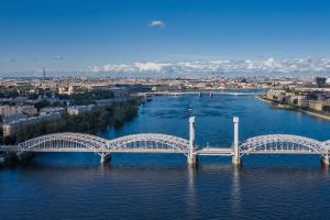 В Петербурге обустроят новые комфортные выходы к Неве и Финскому заливу. Сроки пока не называют