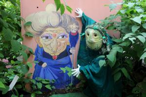 На Васильевском острове появился сад с персонажами Хаяо Миядзаки. Посмотрите, как он выглядит, и узнайте историю его создания