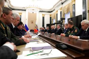 «Медуза»: списки независимых СМИ для признания иноагентами составляет Совет безопасности, а «блокаду иностранных медиа» обсуждали с Путиным