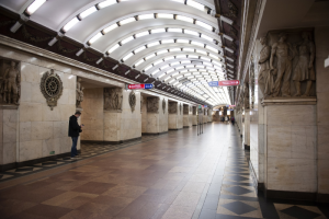 Стоимость жетона метро может вырасти на два рубля. Рост цен на проезд в 2022 году обсудили в Смольном