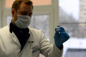 Как часто привитым от коронавируса нужна госпитализация? Публикуем результаты нового исследования петербургских ученых