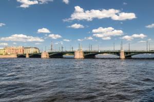 В Петербурге изменили дату закрытия Биржевого моста. Он станет недоступен с 8 октября