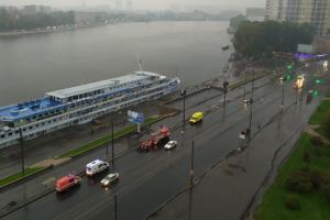 Около Речного вокзала на Неве перевернулась лодка с людьми, сообщает 78.ru. Транспортная прокуратура начала проверку