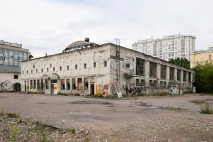 На месте заброшенного Невского рынка могут построить мост. Окончательное решение пока не принято