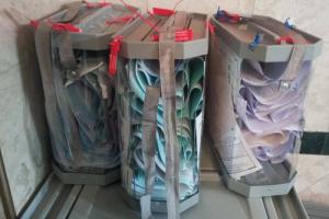 Главное о первом дне выборов-2021 в Петербурге. Очереди из бюджетников и курсантов, сообщения о «каруселях» и аниматоры в костюмах