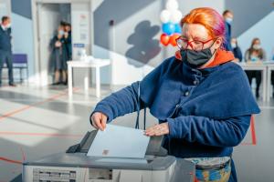 Правда, что явка на эти выборы в Петербурге была самой низкой? Изучили активность горожан на голосованиях с 1996 года