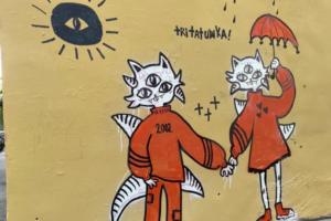 Петербургская татуировщица рисует на стенах космокотов с тремя глазами и других существ. Видели их?