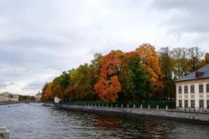 В Петербурге был очень холодный сентябрь, а в октябре ждут +18 градусов и (наконец-то) бабье лето. Что происходит?